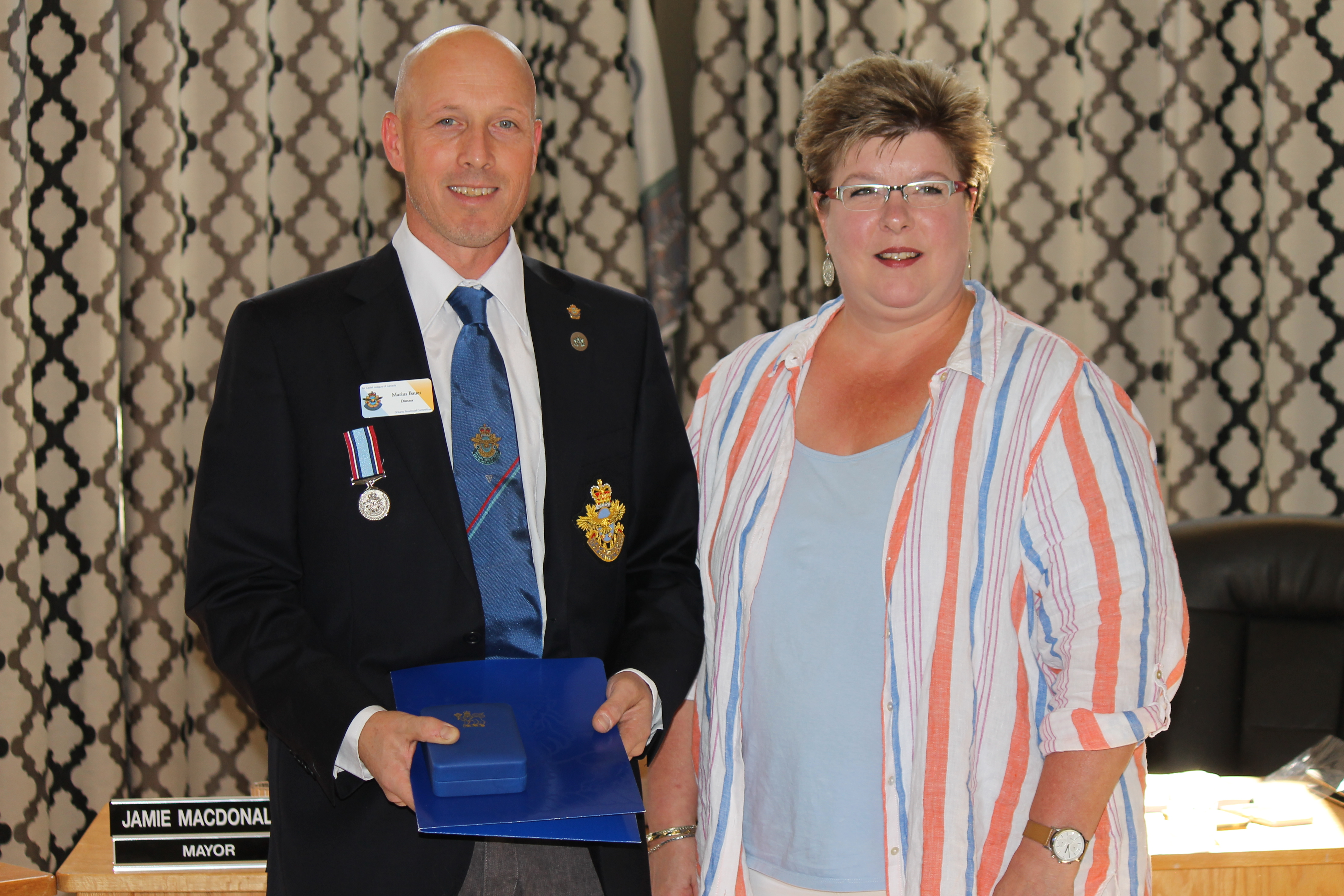 Marius Bauer received Sovereign's Medal for Volunteers