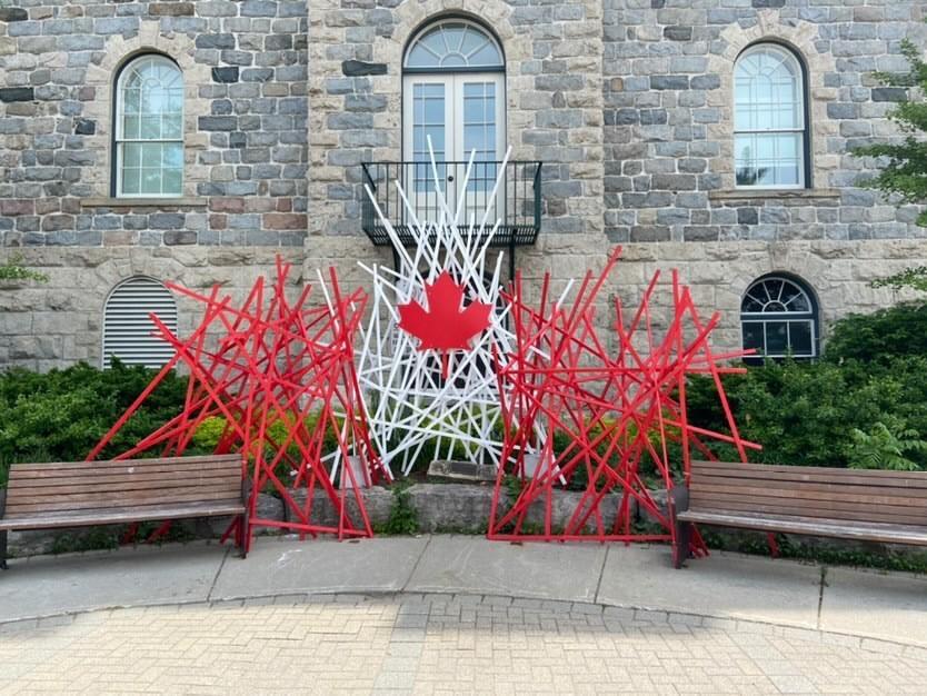 Macintrye Square art installation